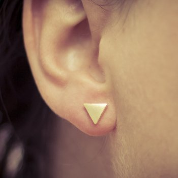 odette et lulu, boucles d'oreilles, sweet triangles, triangle, dore, or, clous, bijoux, accessoires, createur