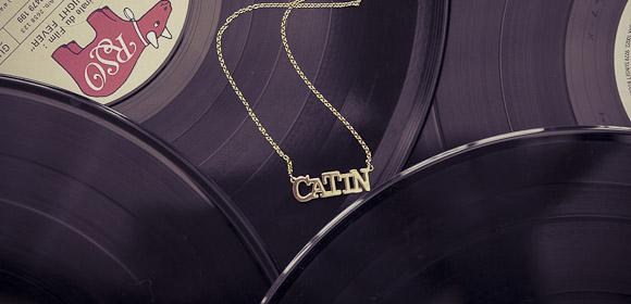 blog, odette et lulu, bijoux, decoration, collier, chaine, double chain, noir, coton, decollete, l accessoire, saint graal