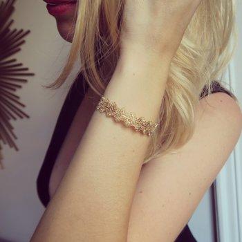 jonc, dentelle, doré, concept store, odette et lulu, createurs, eshop, 7bis, jonc ajustable, joli motif, bijou createur, delicat, raffine, feminin