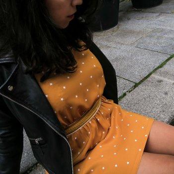 robe, opullence, odette et lulu, créateurs, made in france, fait à paris, eshop, concept store, amour, dos nu, dos croisé, étoiles, constellation, robe courte, ceinturée, bleu marine, robe habillée, robe de tous les jours, étoiles, la robe étoilée, bordeaux, moutarde