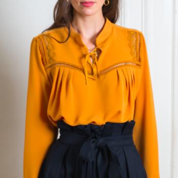 top, gavroche, blouse, odette et lulu, créateurs, eshop, concept store, made in france, dentelles, joli dos, dos nu, moutarde, bleu canard, parisienne outfit, perfect top, top, petit haut, jolie blouse