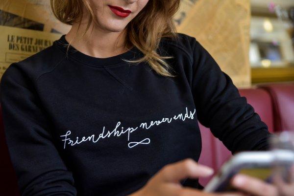 sweat, odette et lulu, brodé, france, créateurs, eshop, spice girls, friendship never ends, message d'amitié, cadeau, noel, amis, cadeau parfait pour les amis, unisexe