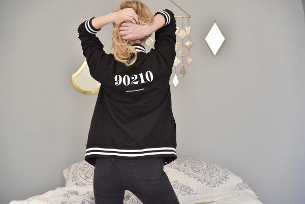 odette et lulu, créateurs, eshop, broderie, brodé, concept store online, bombers, teddy, bomber, black, 90210, Beverly Hills, 90's, années 90, big up, série télévisée, 90210 nouvelle génération, coton, veste, jacket, tout doux, bien chaud, veste chaude, printemps, été, 2017, nouvelle collection, coeur vaillant
