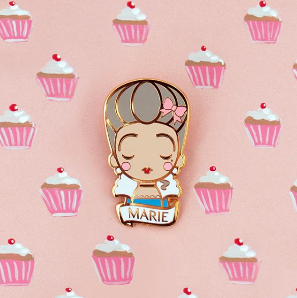 broche, odette et lulu, sketch inc, becky, créateurs, concept store, eshop, pin's, icônes, icone pop, icone art, prince, ziggy, david bowie, frida, frida kahlo, andy warhol, basquiat, coco chanel, chanel, karl lagerfeld, création, 2017, hommage, marie-antoinette, audrey hepburn, amy winehouse