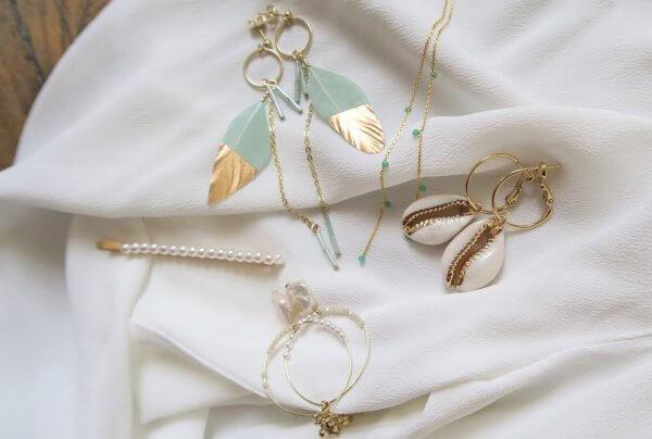 boucles d'oreilles, été, 2019, printemps, summer, soleil, été, créateurs, plage, coquillage, pierres, nacre, or, argent, plume, mint, menthe, saumon, brique, fashion, mode, bijoux de créateurs