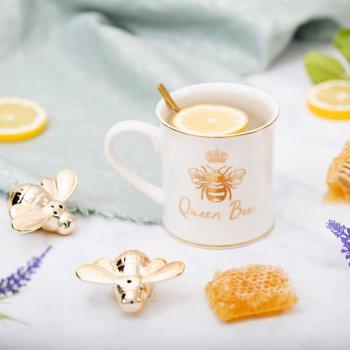 la déco d'Odette et lulu, abeille, queen bee, queen B, odette et lulu, créateurs, eshop, mug, vaisselles, mug coeur, sass and belle, concept store, createurs, eshop, gift idea