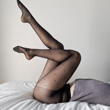 collants, plumetis, chaussettes hautes, made in italy, vogstore, createurs, concept store, sexy, accessoires, jambières, tights, résille, collants fantaisie, cocooning, meilleurs collants, best tights,