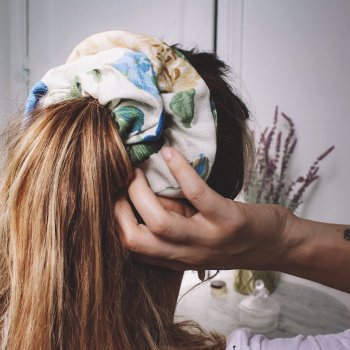 chouchou, momzy, Odette et lulu, atlantique, marin, fait à la main, homemade, French, accessoire, cheveux, lamé, or, argent, bandeaux, Brigitte Bardot, summer