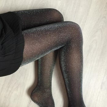 collants, plumetis, chaussettes hautes, made in italy, vogstore, createurs, concept store, sexy, accessoires, jambières, tights, résille, collants fantaisie, cocooning, meilleurs collants, best tights, jarretières, jarretelles